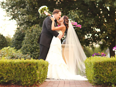 Summer weddings are perfect for our garden... cocktails, hors d'oeuvres and quiet moments in Northern NJ