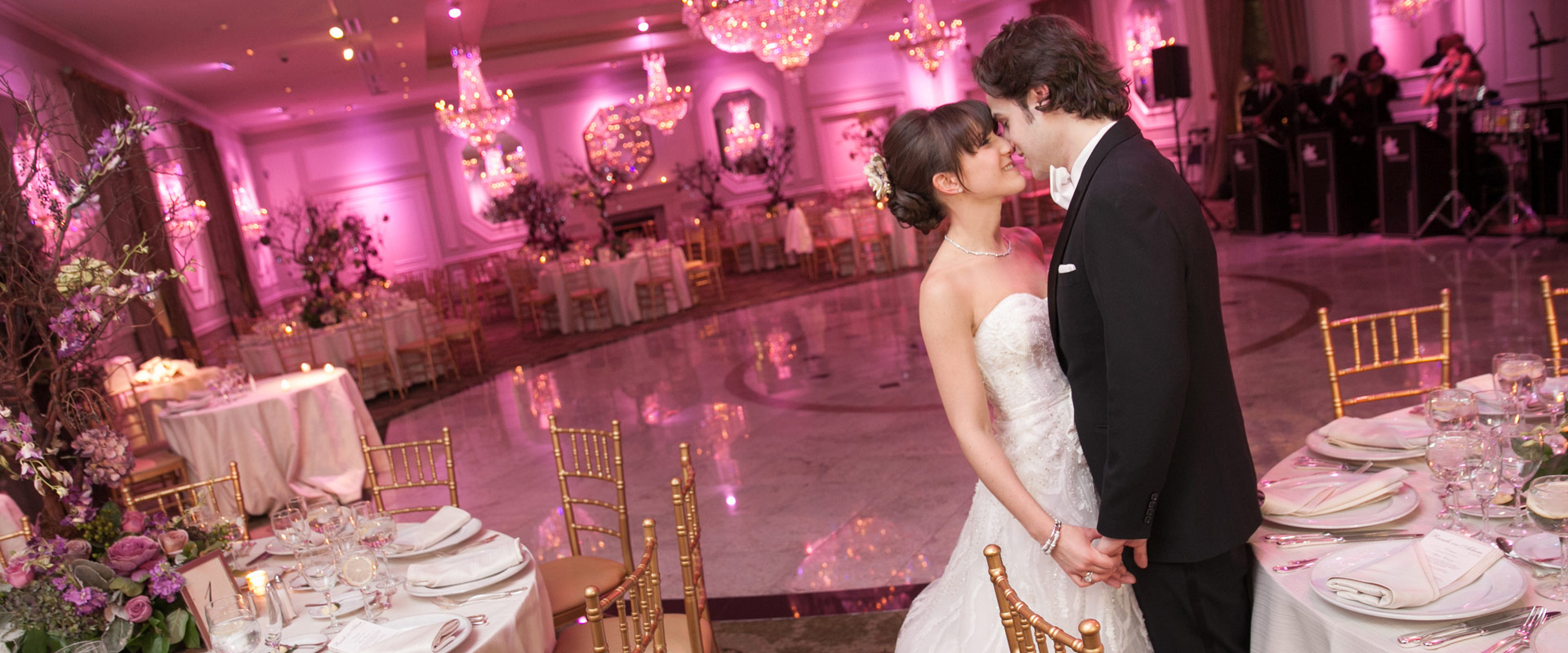 Steal a kiss at your Rockleigh, NJ wedding celebration
